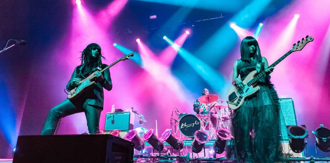 Khruangbin loves music, Oakland loves Khruangbin – The B-Side